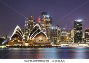 - stock photo australia sydney city cbd close up view over harbour waters at sunset dark sky and reflections of 215506225 1 300x213 - Viagens Lowcost para Australia