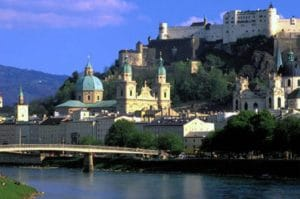 salzburg zu low cost preisen kennenlernen - salzburg small group day tour from munich in munich 39649 4 300x199 - Salzburg zu Low Cost Preisen kennenlernen