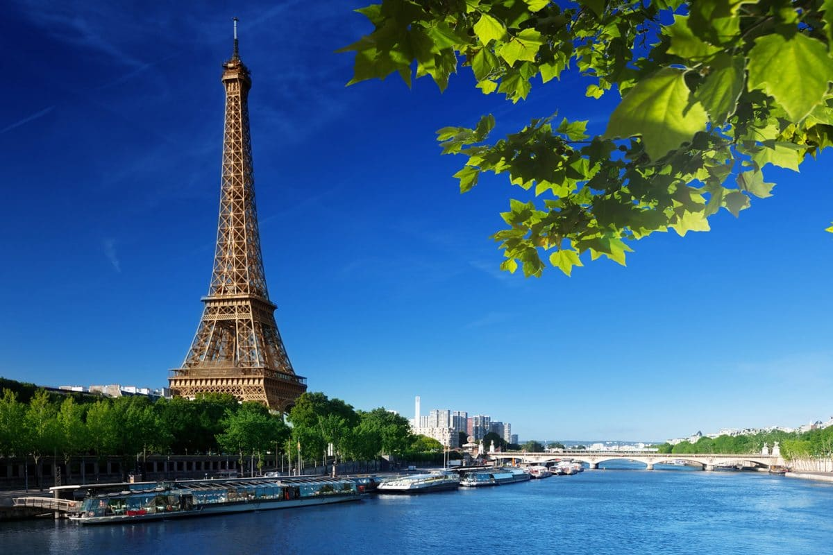 three places you must visit in your life - paris 1 1200x800 - Three Places You Must Visit In Your Life